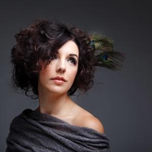 Singer-songwriter Shannon Curtis
